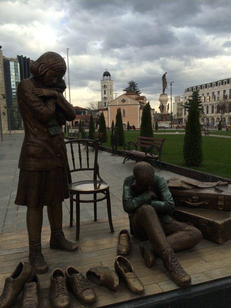 holacaust anıtı üsküp